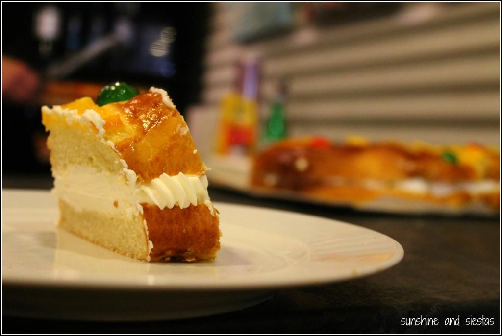 Typical Spanish cake Roscon de Reyes
