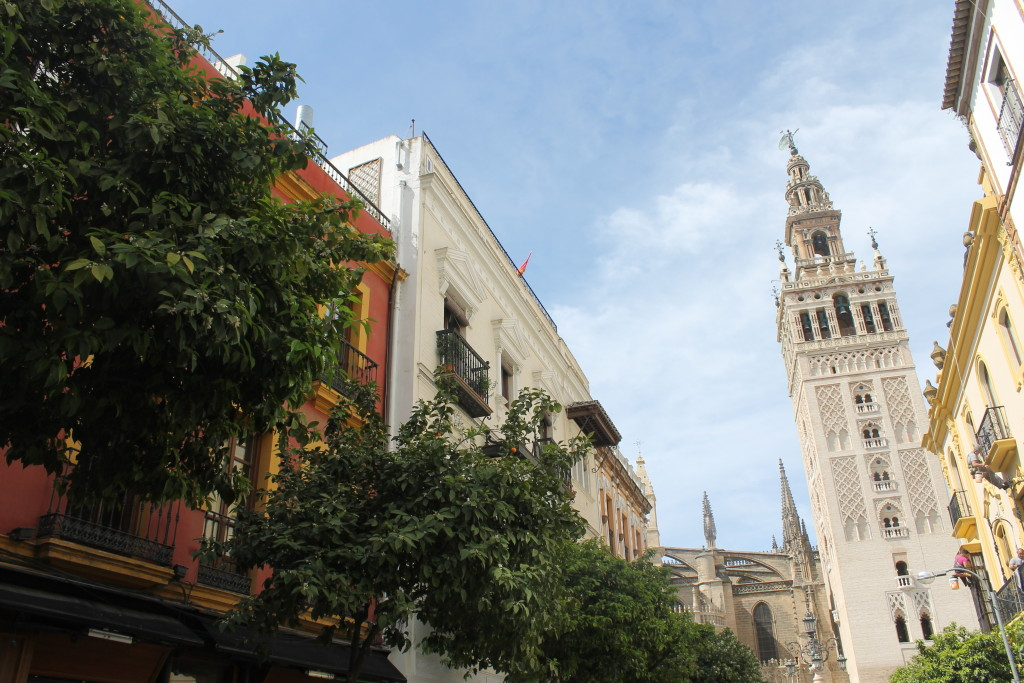 Mateos Gago and the Giralda in Seville